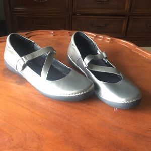 Vionic Judith leather shoes